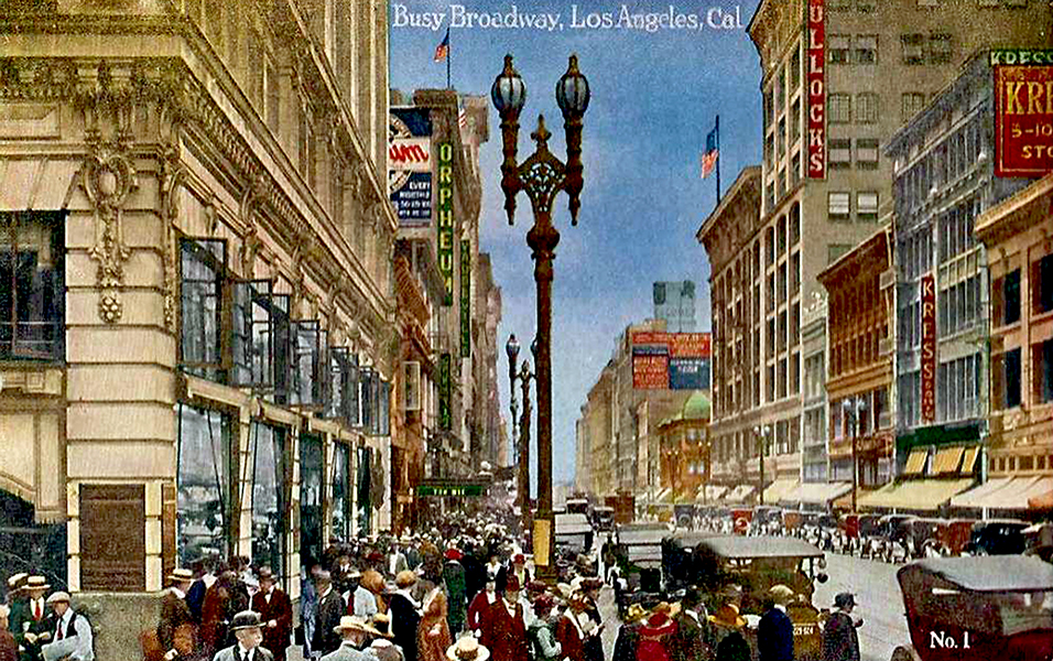 Busy Broadway 1920s