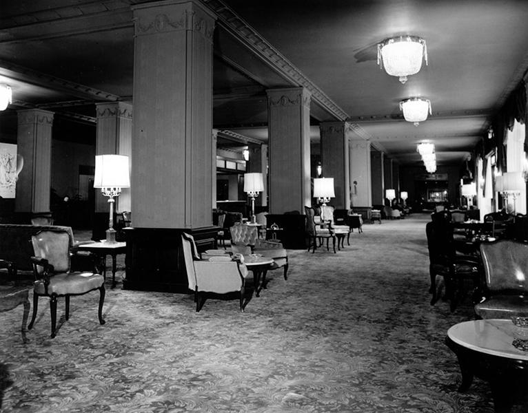 Lobby of the Los Angeles Ambassador Hotel, circa 1950s (Bizarre Los Angeles)