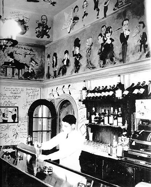 Inside the Ambassador Hotel's Field & Turf Club, a private room adjacent to the Cocoanut Grove. Photo is circa early to mid 1930s. Supposedly, William Powell was a regular. (Bizarre Los Angeles)