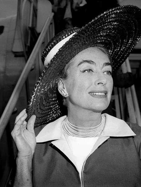 """""""It's feast or famine. I haven't had any good scripts. I'd much rather have a small authorative part in a good picture. I don't agree with those actors who count lines in a script."""" — Joan Crawford (Bizarre Los Angeles)"""