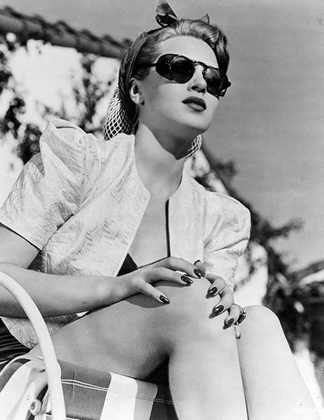"""The thing about happiness is that it doesn't help you to grow; only unhappiness does that."" -- Lana Turner (Bizarre Los Angeles)"