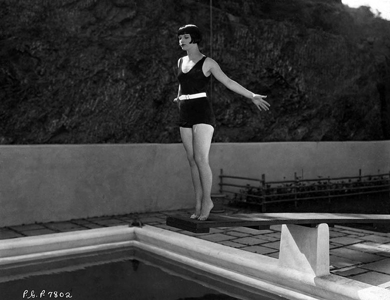 Louise Brooks at her Laurel Canyon home in the late 1920s. (Bizarre Los Angeles)