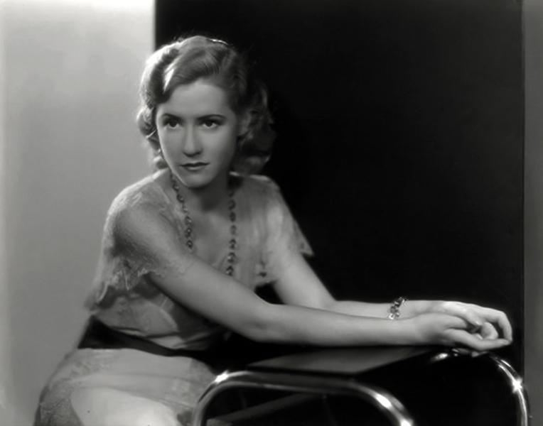 Mae Clark