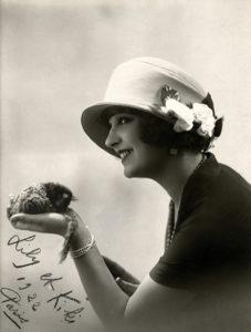 Lili Damita Ferret 1922
