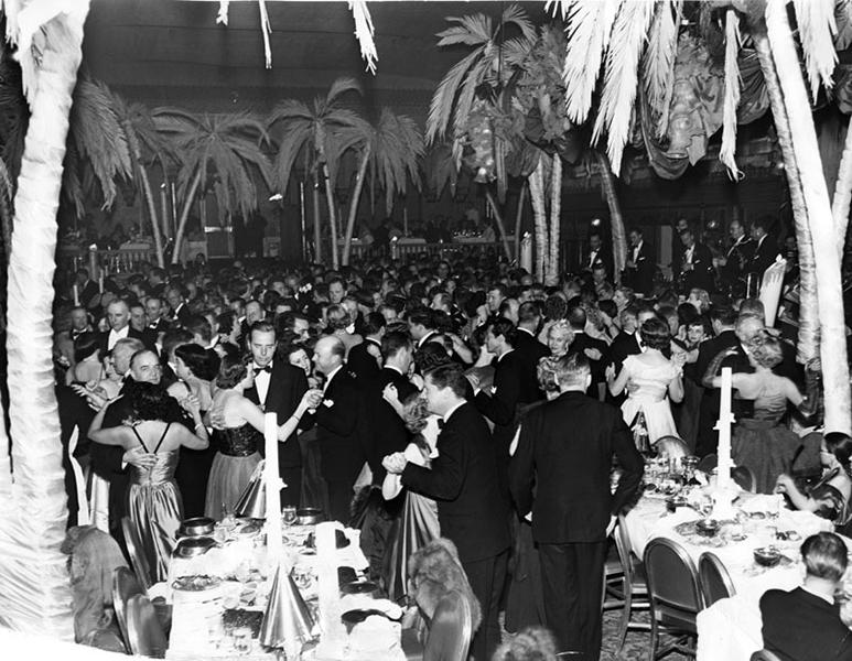The Cocoanut Grove in 1949. (Bizarre Los Angeles)