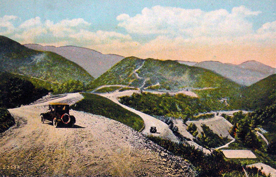 A vintage postcard view of Mulholland Drive and Franklin Canyon. (Bizarre Los Angeles)