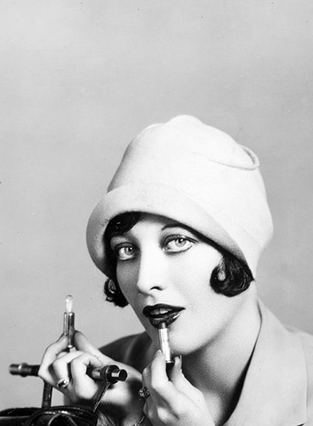 Joan Crawford makeup