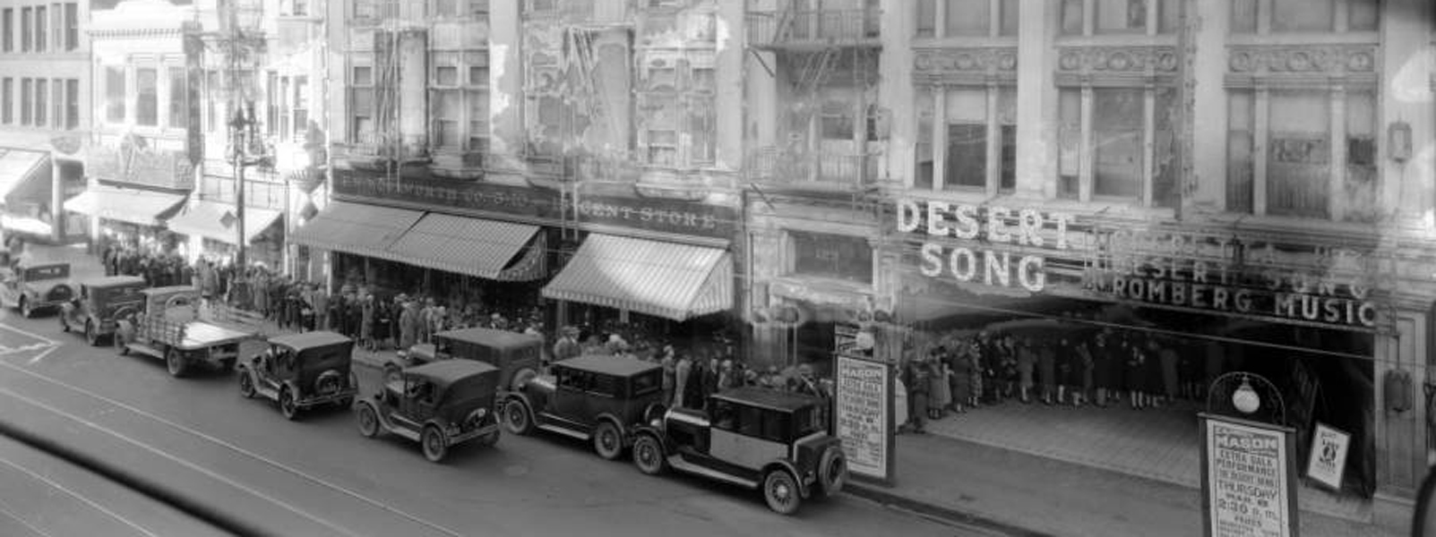 "Crowds wait to see ""Desert Song"" at the Mason Theatre (127 South Broadway, Los Angeles) in 1928. (Bizarre Los Angeles)"