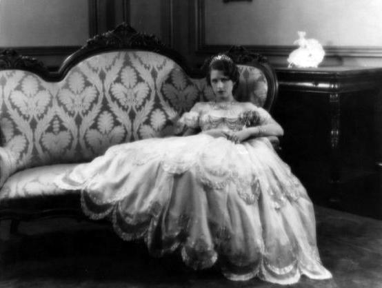 Norma Shearer (Bizarre Los Angeles)