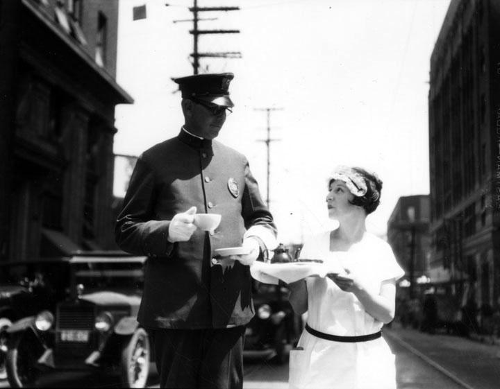 Tea time police officer 1927