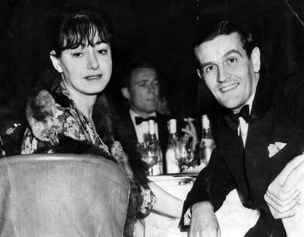 Dorothy Parker and her husband Alan Campbell at the Cocoanut Grove on May 13, 1935. (Bizarre Los Angeles)