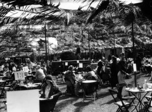 An outdoor fashion show at the Los Angeles Ambassador Hotel. (Bizarre Los Angeles)