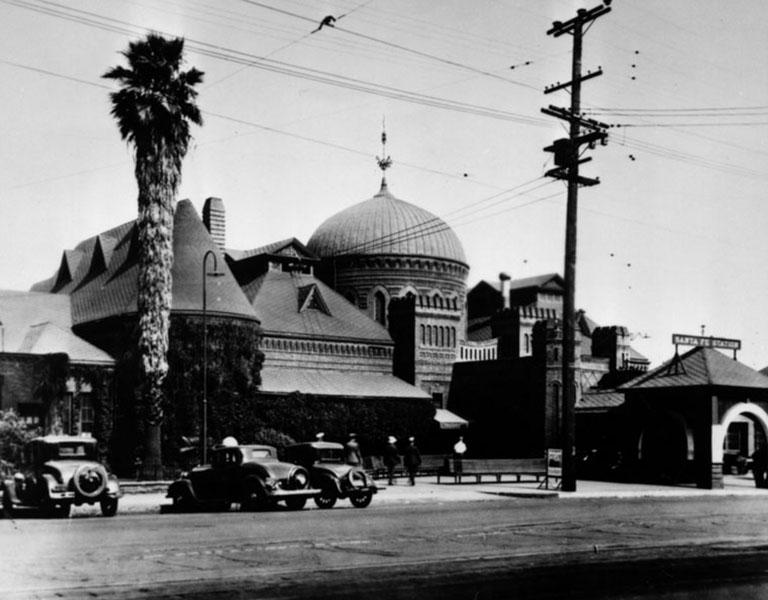 La Grande Station 1930s