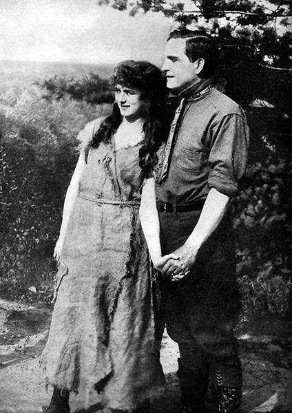 Anita Stewart and Earle Williams, circa 1915. (Bizarre Los Angeles)