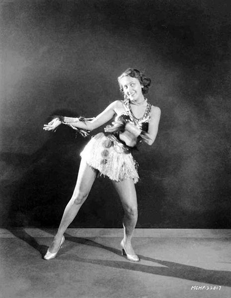 Ann Dvorak as a chorus girl dancer. (Bizarre Los Angeles)