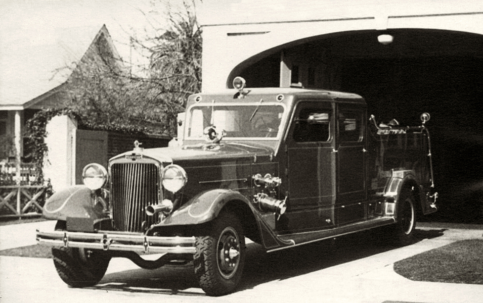 Fire engine – LAFD Fire Station No. 50 – 1948
