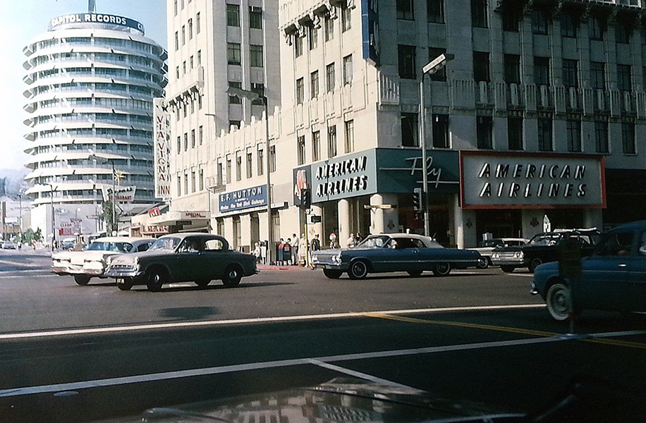 Vine at Hollywood Boulevard in 1964. Bizarre Los Angeles