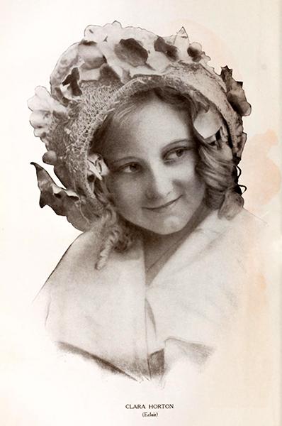 Clara Horton eclair