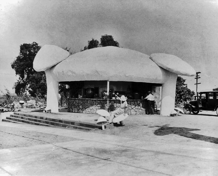 Mushroom Cafe 1920