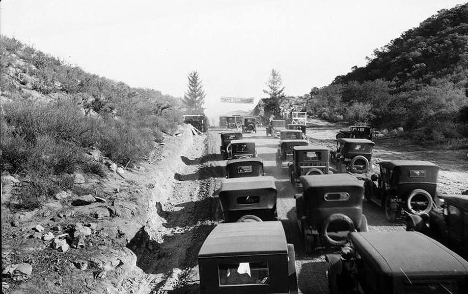 Mulholland Drive 1924