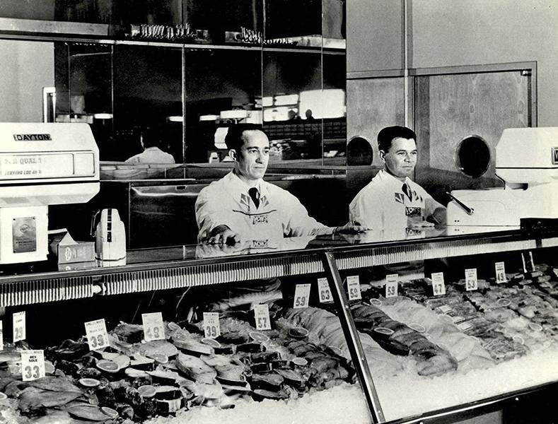 Von's Fish Department
