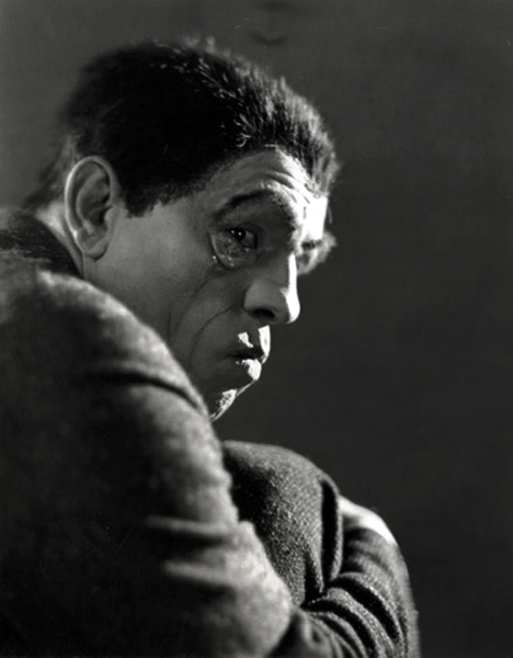 Lon Chaney Hunchback of Notre Dame