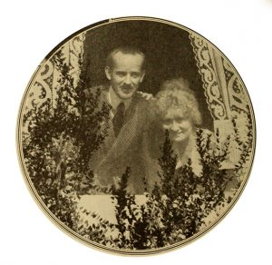 Howard Hickman and Bessie Barriscale in 1918. (Bizarre Los Angeles)