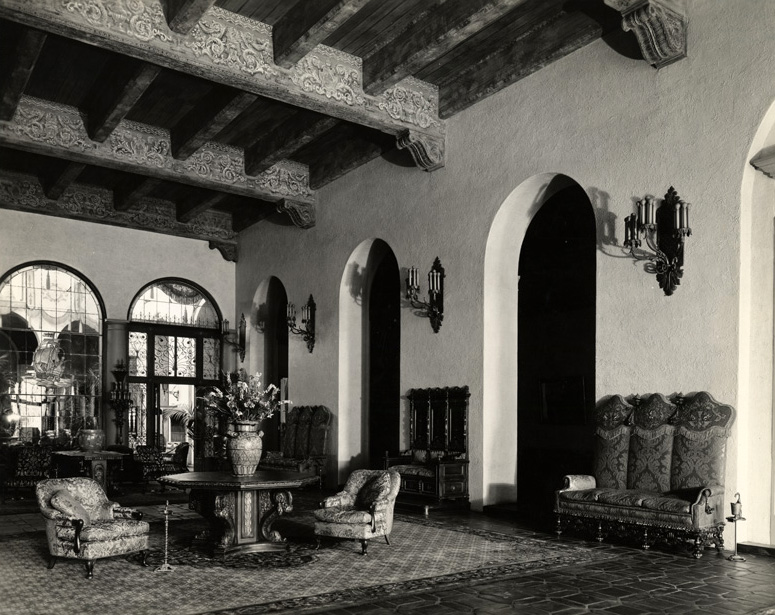 Haunted Knickerbocker Hotel 1714 Ivar Ave Bizarre Los Angeles