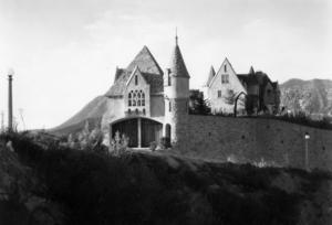 Wolf Lair Castle