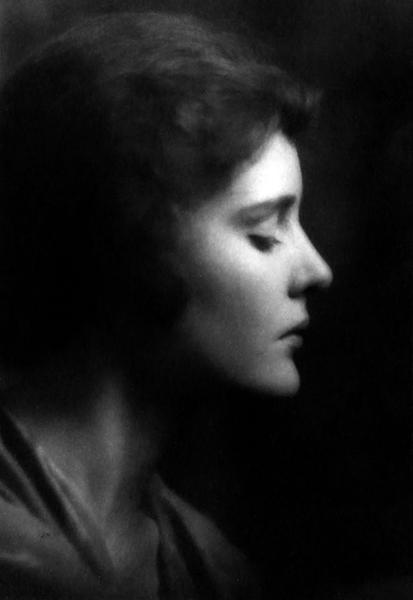 Madge Evans in 1929. (Bizarre Los Angeles)