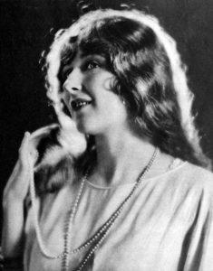 Mildred Harris in 1923 (Bizarre Los Angeles)
