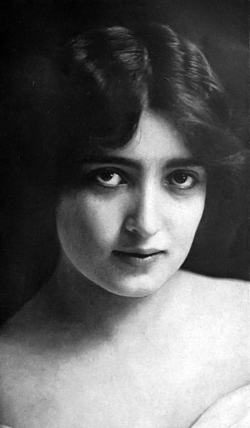 Alice Joyce (Bizarre Los Angeles)