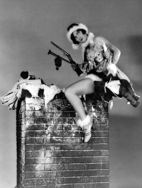 Joan Crawford Christmas Photo (Bizarre Los Angeles)
