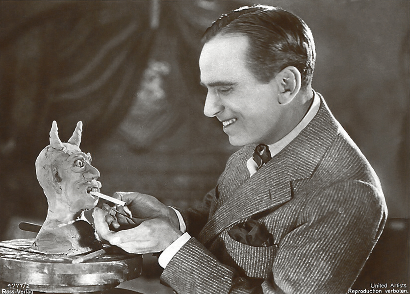 Douglas Fairbanks smoking