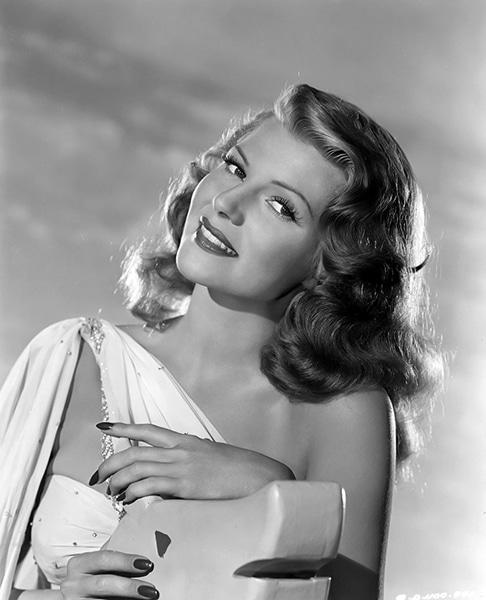 Rita Hayworth in 1947 (Bizarre Los Angeles)