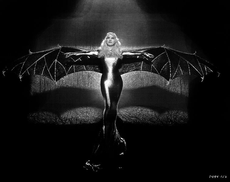 """""""When caught between two evils, I generally pick the one I've never tried before."""" -- Mae West (Bizarre Los Angeles)"""