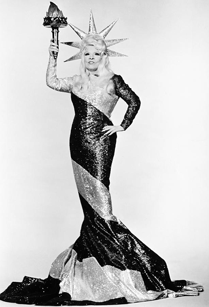 """""""I'm no model lady. A model's just an imitation of the real thing."""" -- Mae West (Bizarre Los Angeles)"""