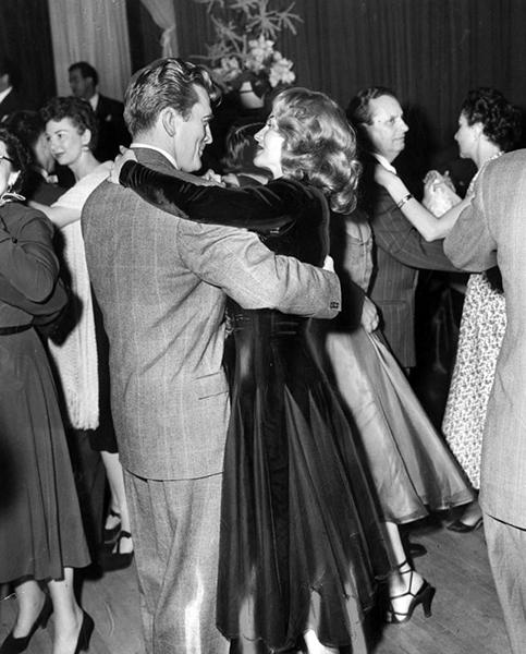 Kirk Douglas Rita Hayworth Ciro's