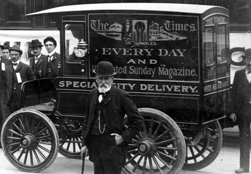 Los Angeles Times Truck, c.1901 (Bizarre Los Angeles)