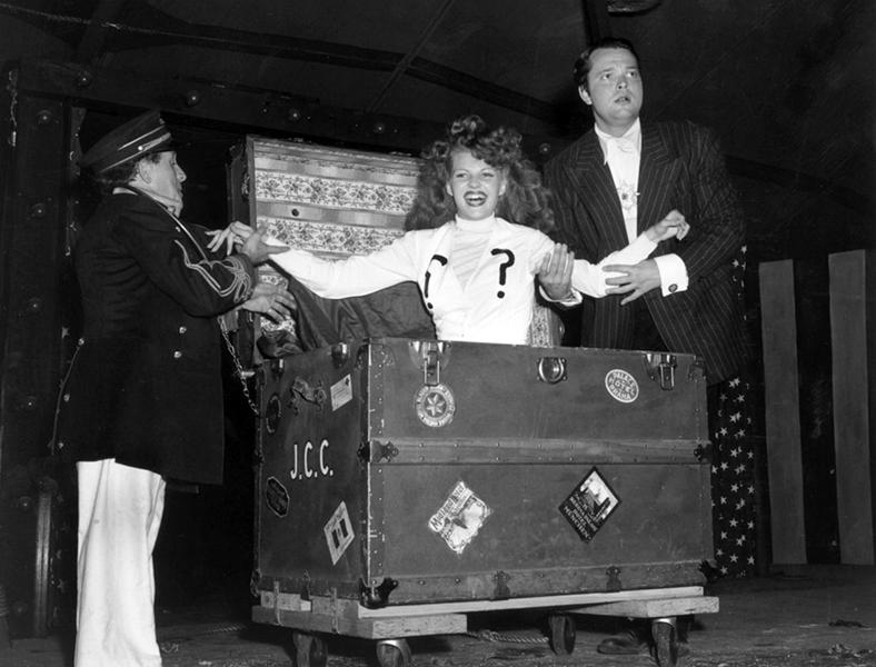 Rita Hayworth Orson Welles Magic 1943