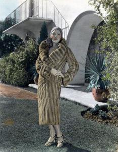 Pauline Starke vamp