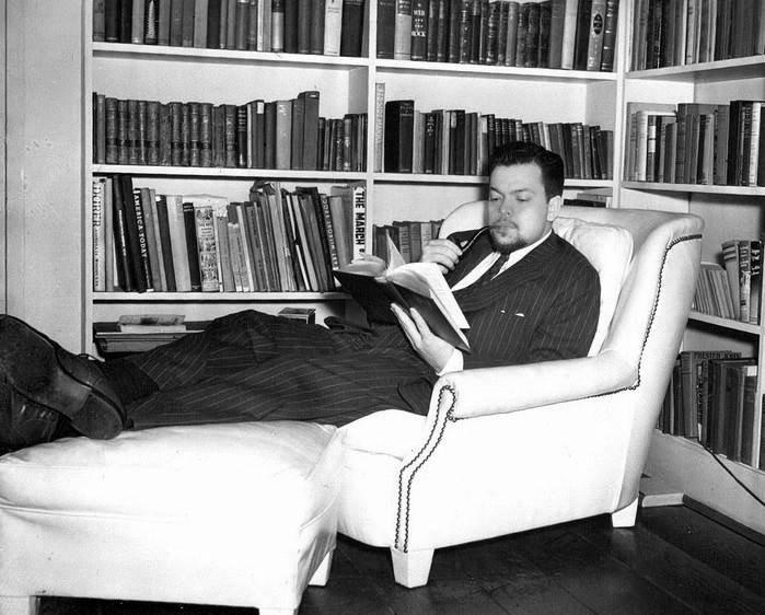 Orson Welles reading