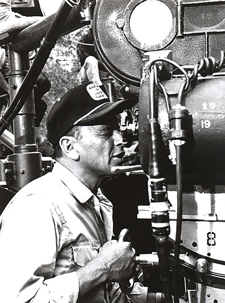 Frank Sinatra directing None but the Brave
