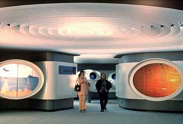 The ill-fated Jacques Cousteau's Living Sea: A Museum of the Mind and the Senses, located inside a gutted part of the Queen Mary attraction, circa 1970s. (Bizarre Los Angeles)