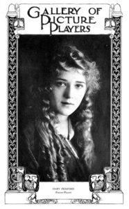 Mary Pickford, 1915. (Bizarre Los Angeles)