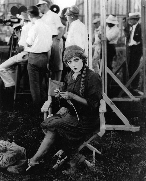 Mary Pickford knitting
