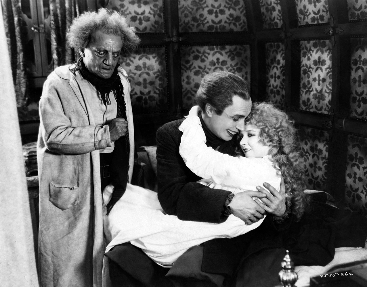 The Man Who Laughs Mary Philbin Conrad Veidt