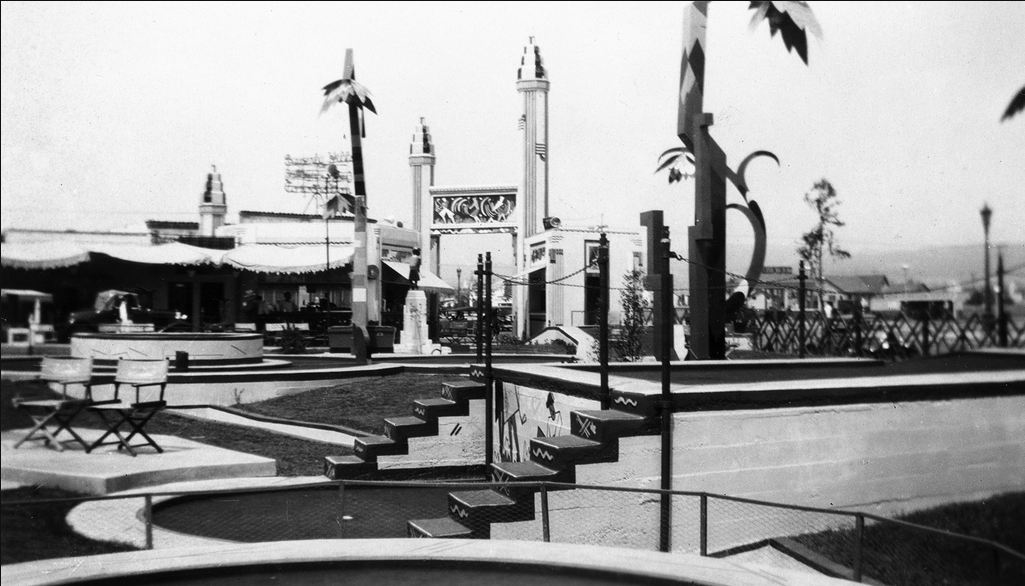 Mary Pickford's Wilshire Links was a miniature golf course once located on the corner of Wilshire Blvd and La Cienega in the 1930s. Bizarre Los Angeles