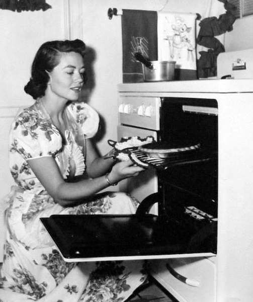 Dorothy Malone cooking
