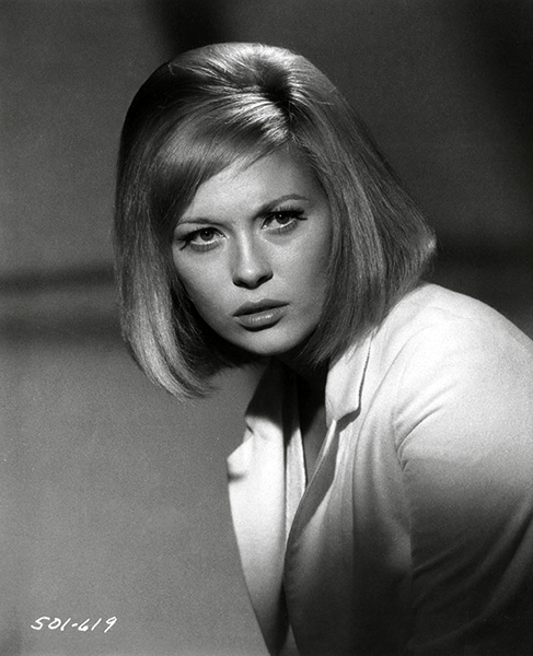 Faye Dunaway Photos And Quotes Bizarre Los Angeles